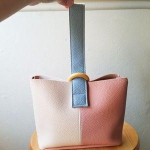 Handbags - Hand bag, purse